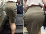 《人気作品の再編集・エロいグリーン色の着衣尻③》 No.830【プリッと感が凄いOLのタイトスカート姿】