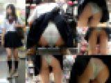 【鬼畜スカートめくり22SP無修正版】~透けてるエロPワレメくっきり美少女11連めくりで生尻丸出し盗撮