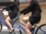 【再販】ミニスカOL自転車漕ぎ